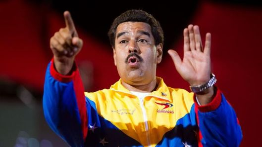 Maduro-Estilo-Chavez-campana-electoral_TINIMA20130405_0428_3